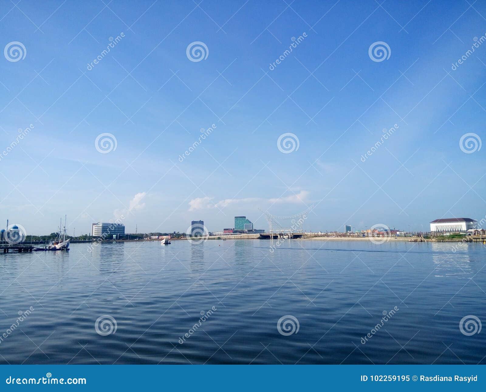Sea of Makassar City