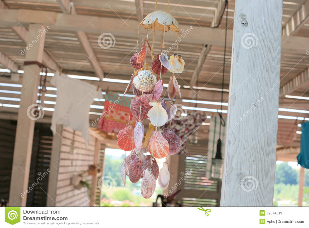 Sea Shell Decor Royalty Free Stock Images - Image: 32674619