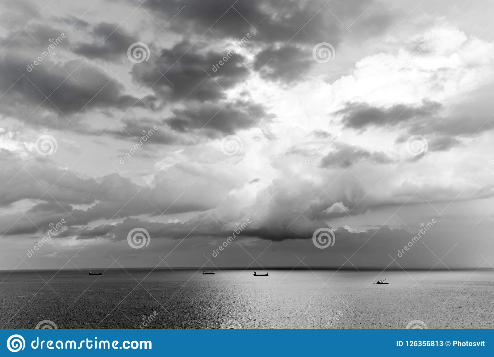 Sea Water And Sky Horizon Line. Seascape On Cloudy Sky Background ...