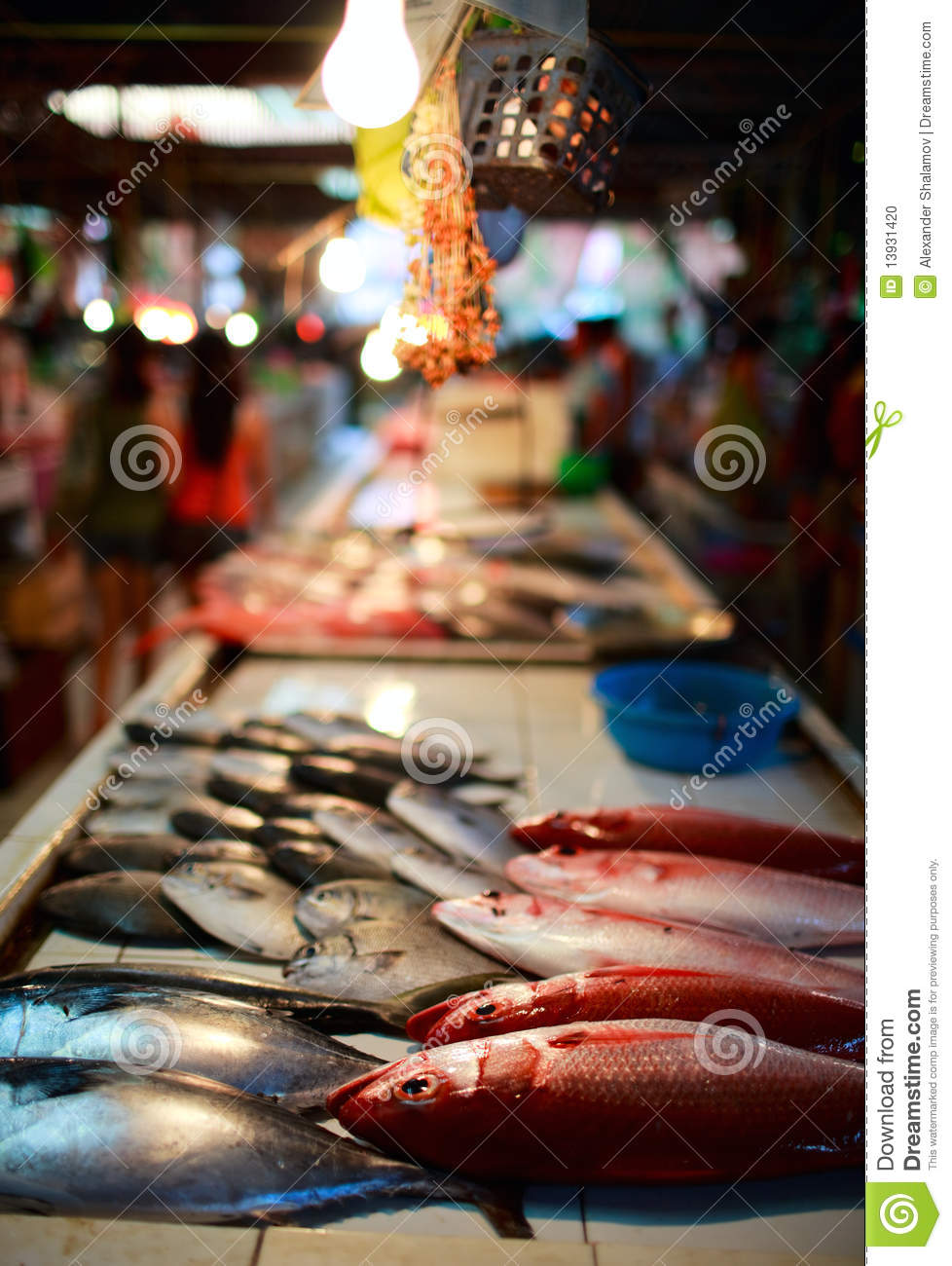 Seafood market stock photo image 13931420 for Cherry street fish market