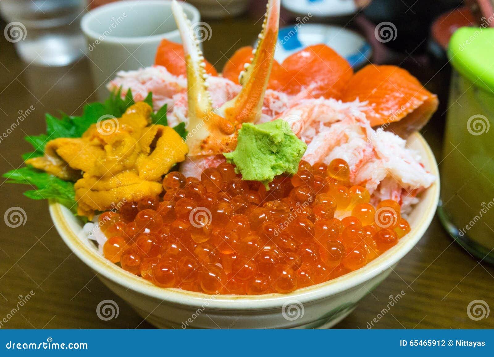 Sushi With Fish Egg Stock Photo - Image: 40146773