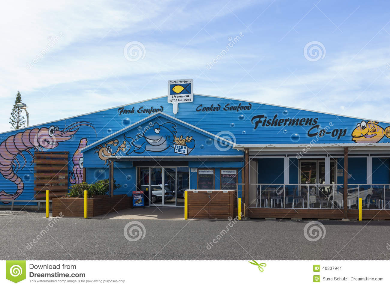 Seafood restaurant at coffs harbour editorial photo for Dining near at t park
