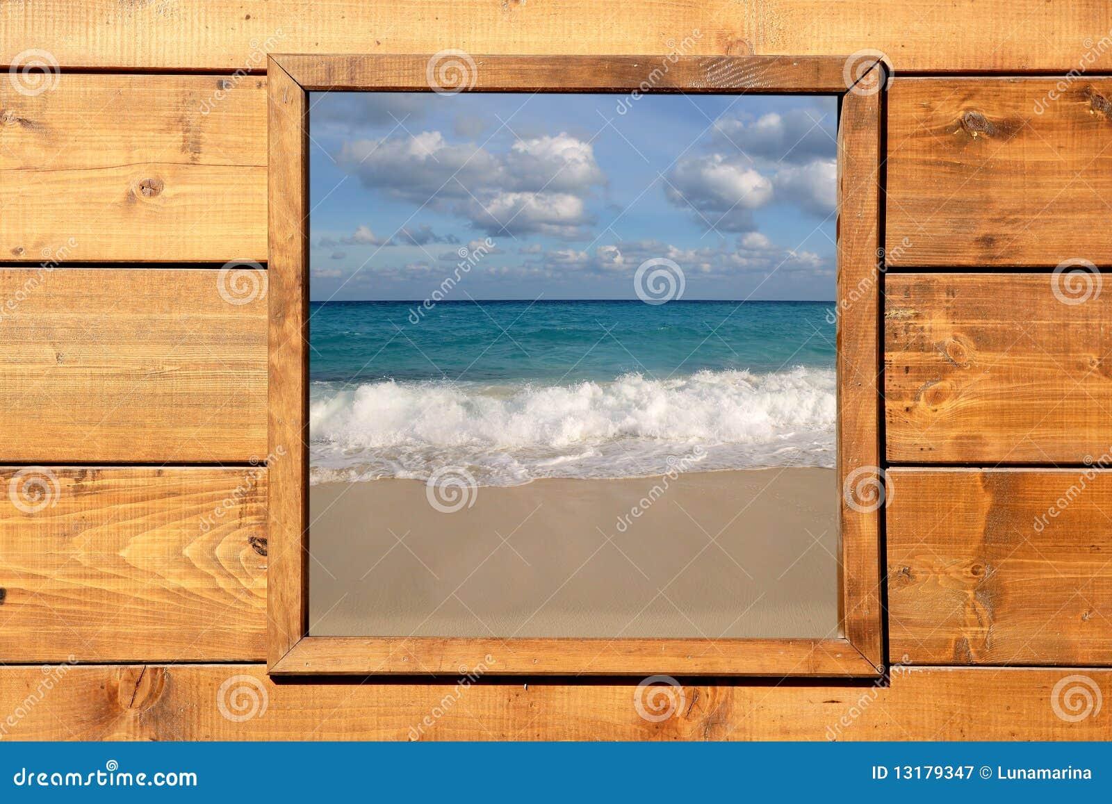 Seascape δωματίων παράθυρο όψης ξύ&lamb