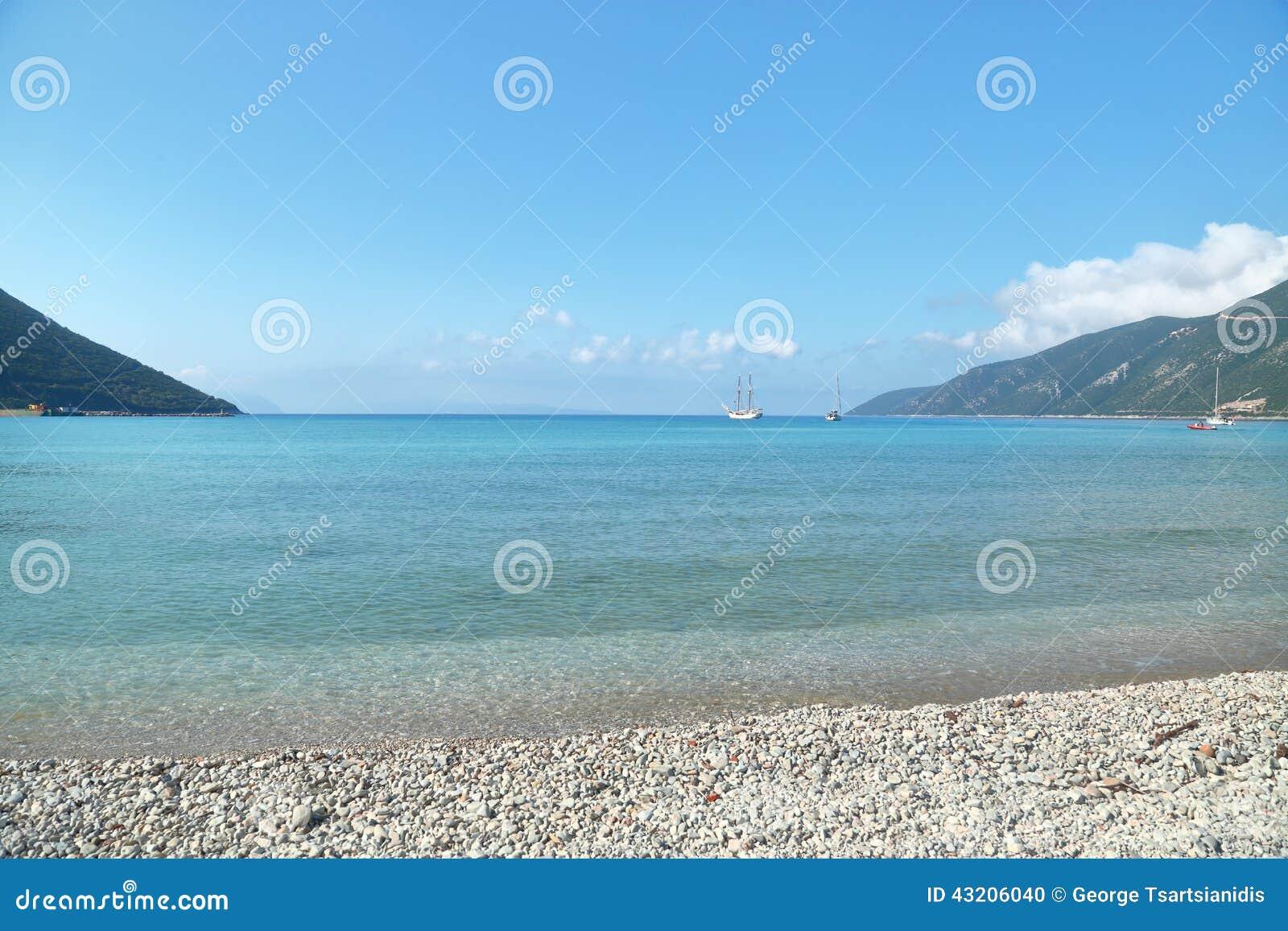 Download Seascape Med Stillsamt Vatten Arkivfoto - Bild av turism, vändkretsar: 43206040