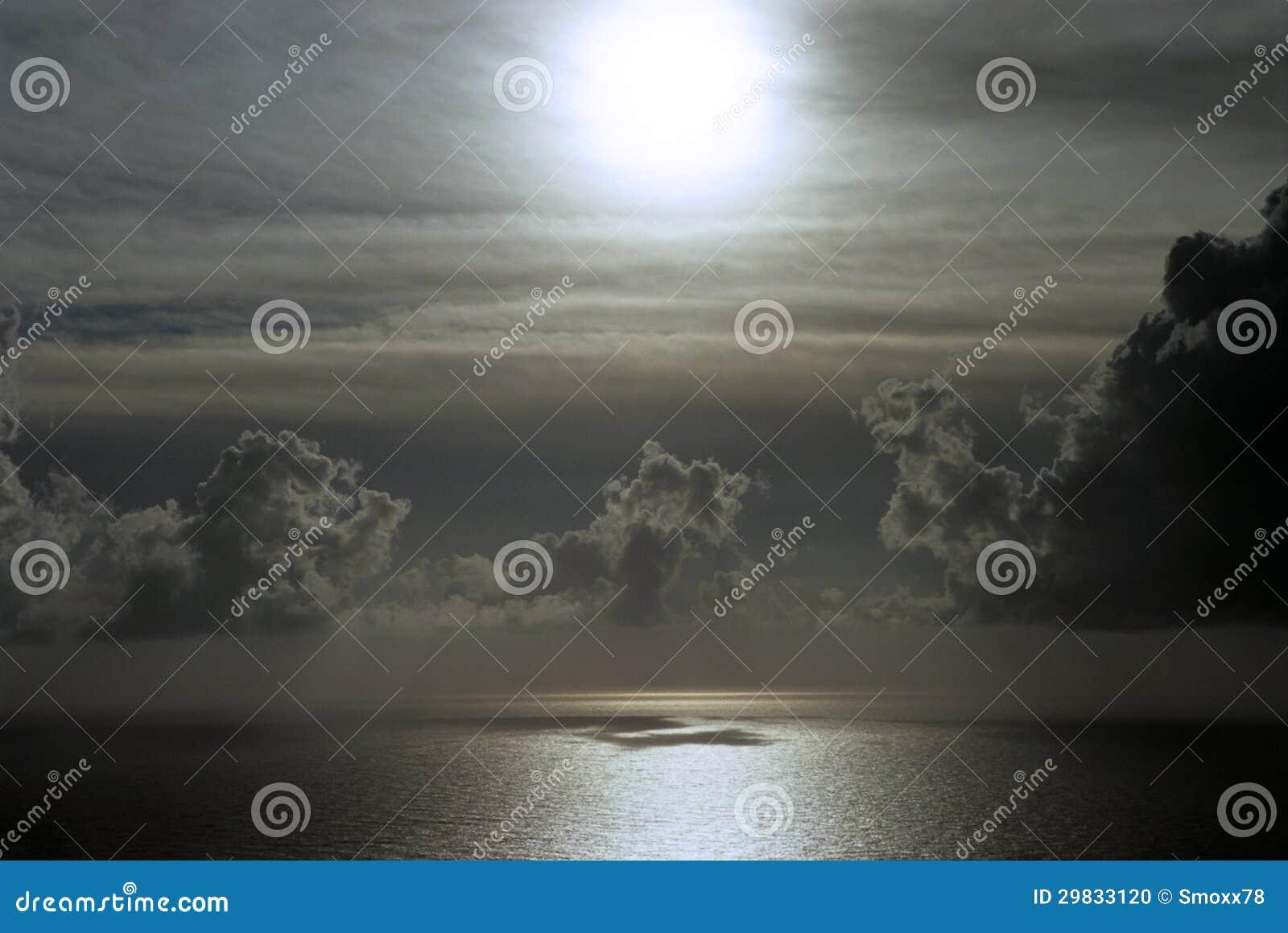 Seascape nebuloso