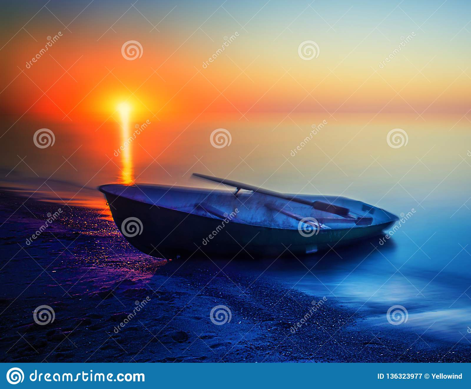 Seascape summer sunset