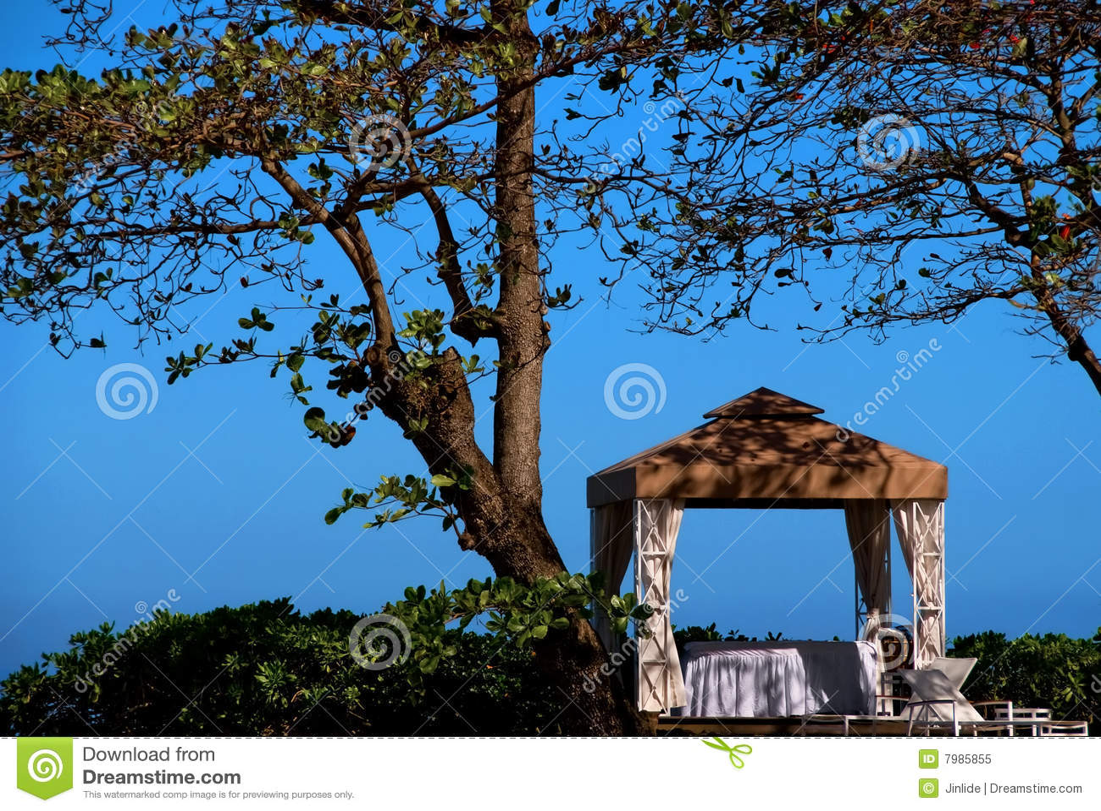 Seaside massage tent