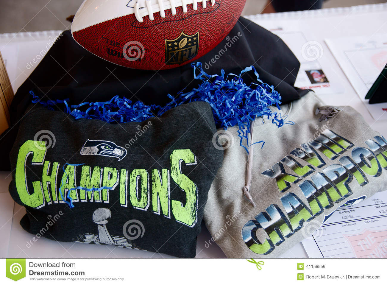 Download Seattle Seahawks editorial photo. Image of martha, loaves - 41158556