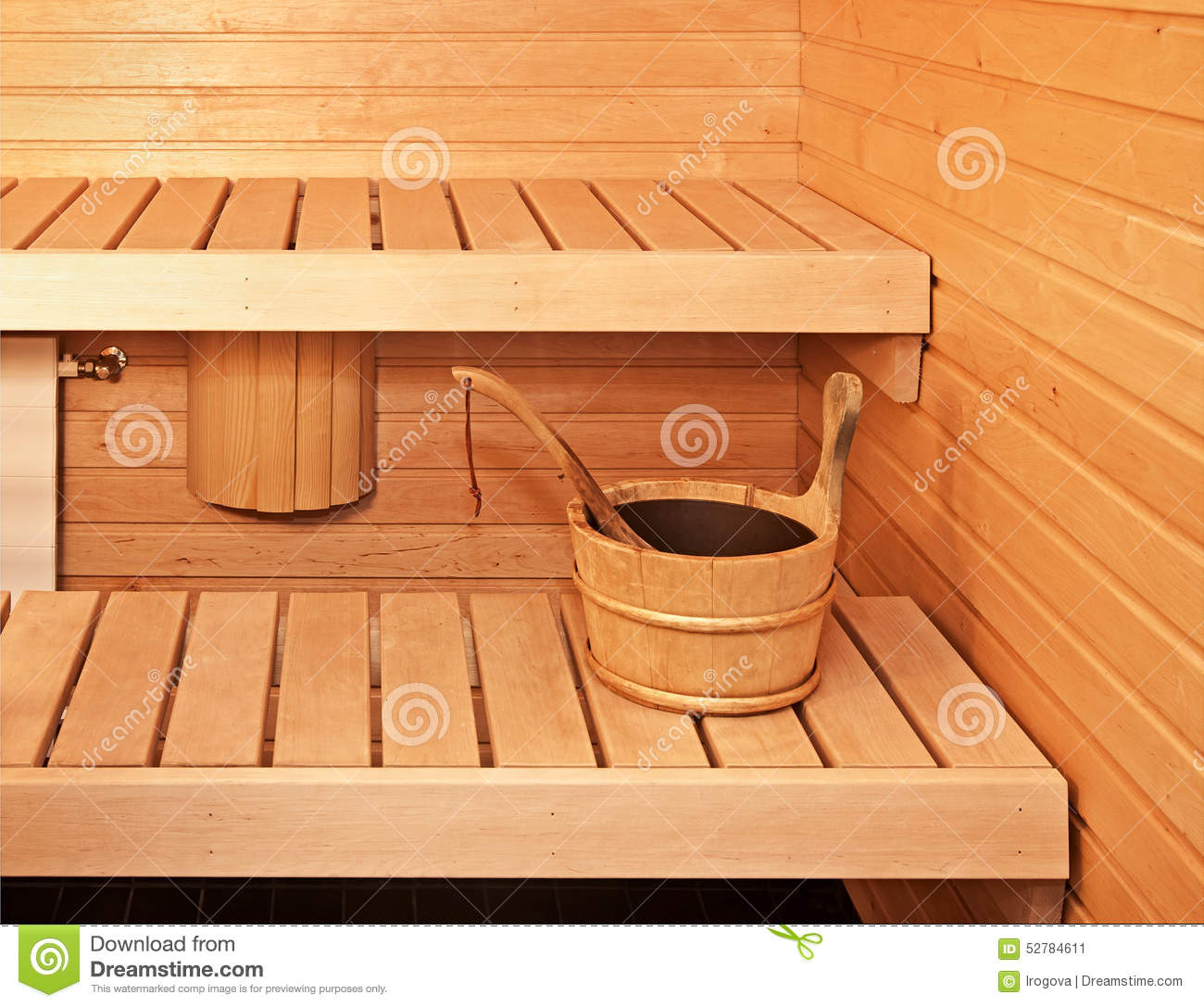 seau en bois de sauna photo stock image 52784611. Black Bedroom Furniture Sets. Home Design Ideas