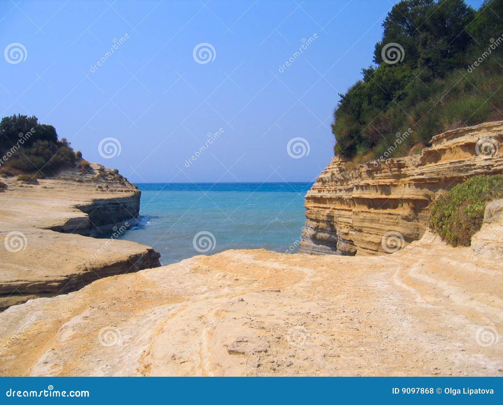 Seaview. Sandsteinklippen und -büsche