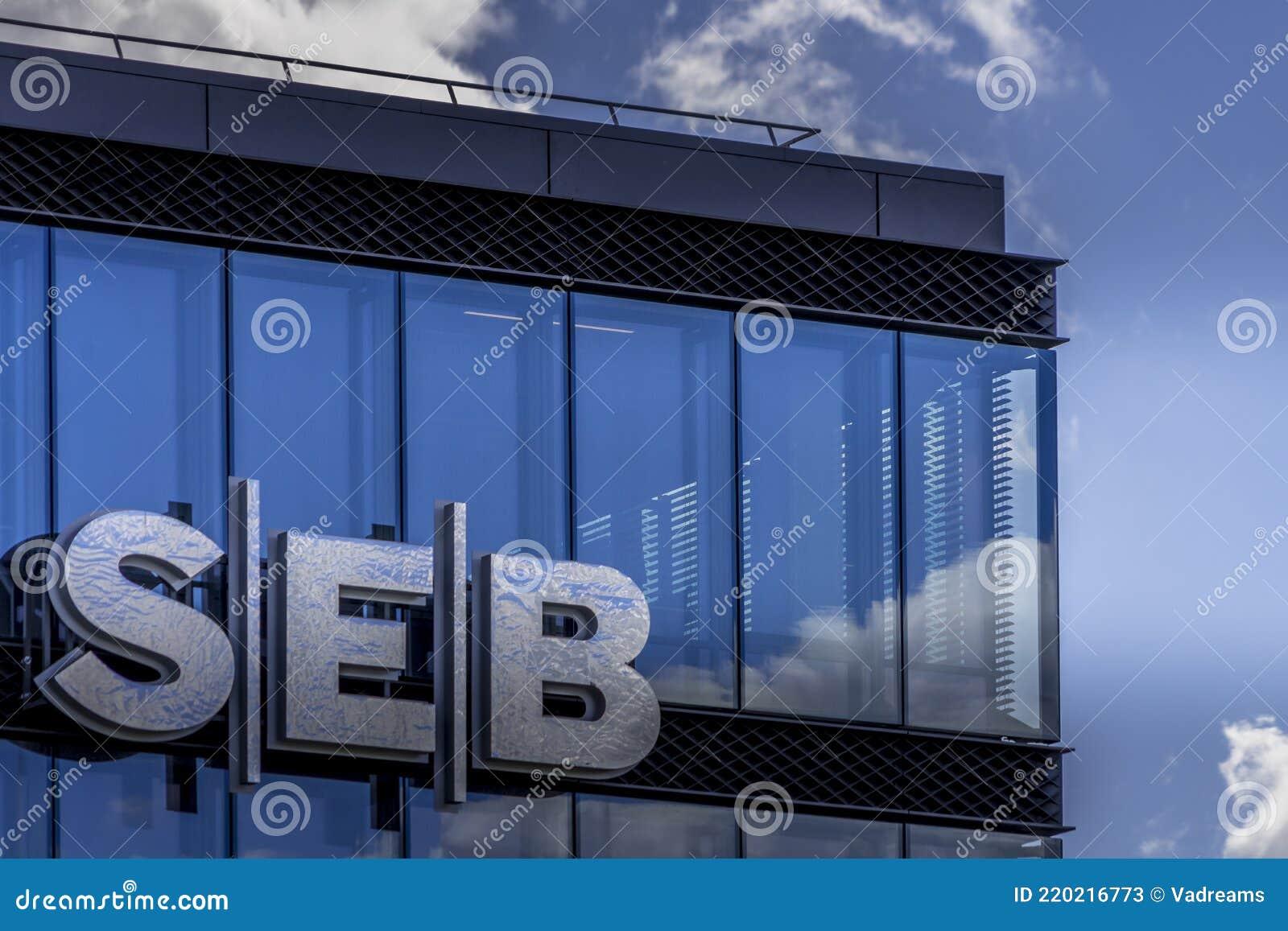 Seb Commercial Debit