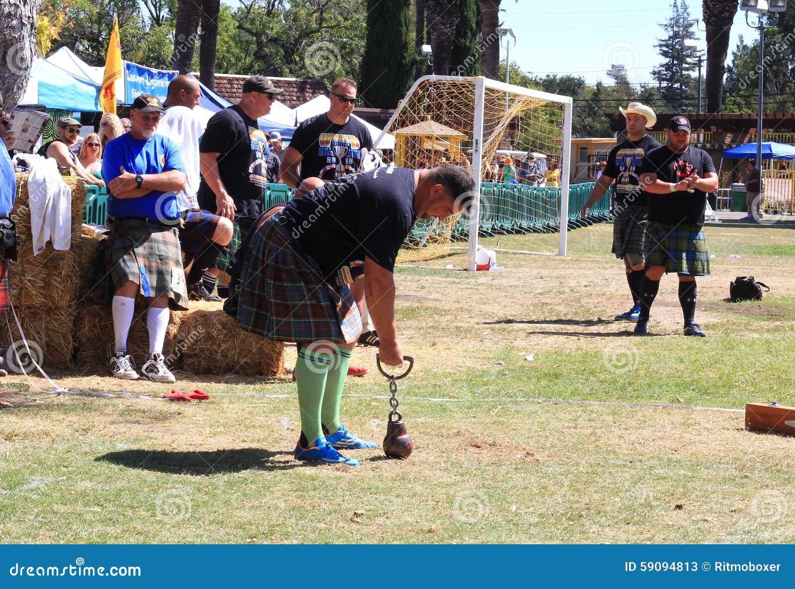 Sebastian Wenta preparing to throw the weight