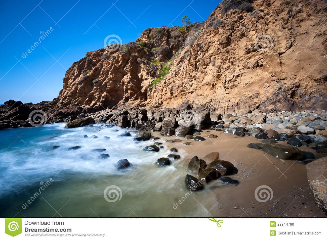 Landscape Boulders Orange County Ca : Secluded beach cove stock photo image