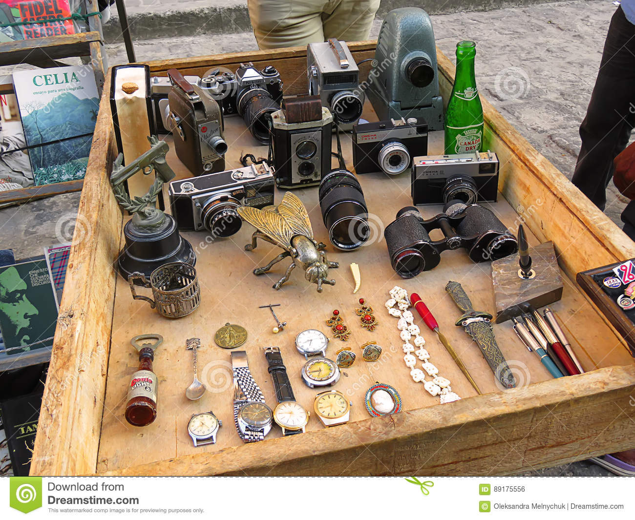Second Hand Market In Havana Editorial Photo - Image of ...