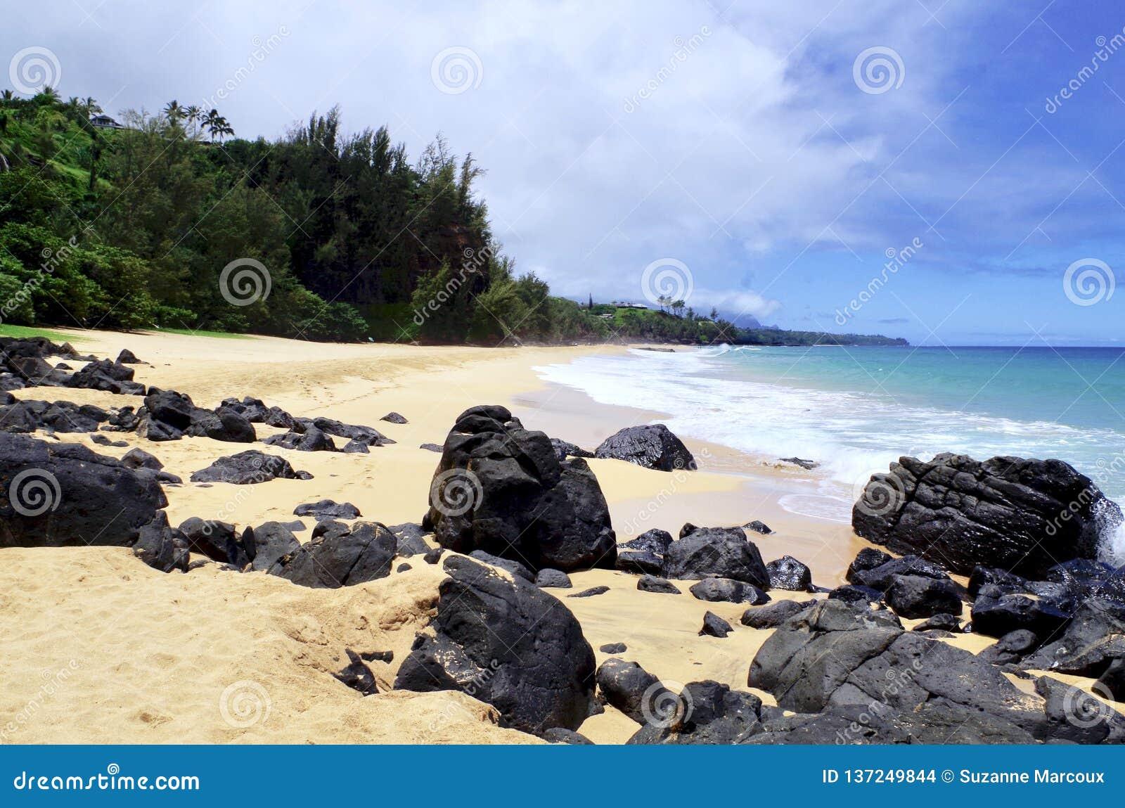 Secret Beach Kauapea Kauai Hawaii Usa Stock Photo Image Of Breathtaking Background 137249844