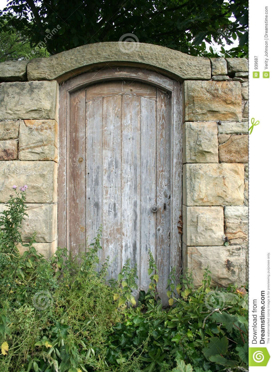 Secret Garden Door Stock Image Image Of Gate Approach