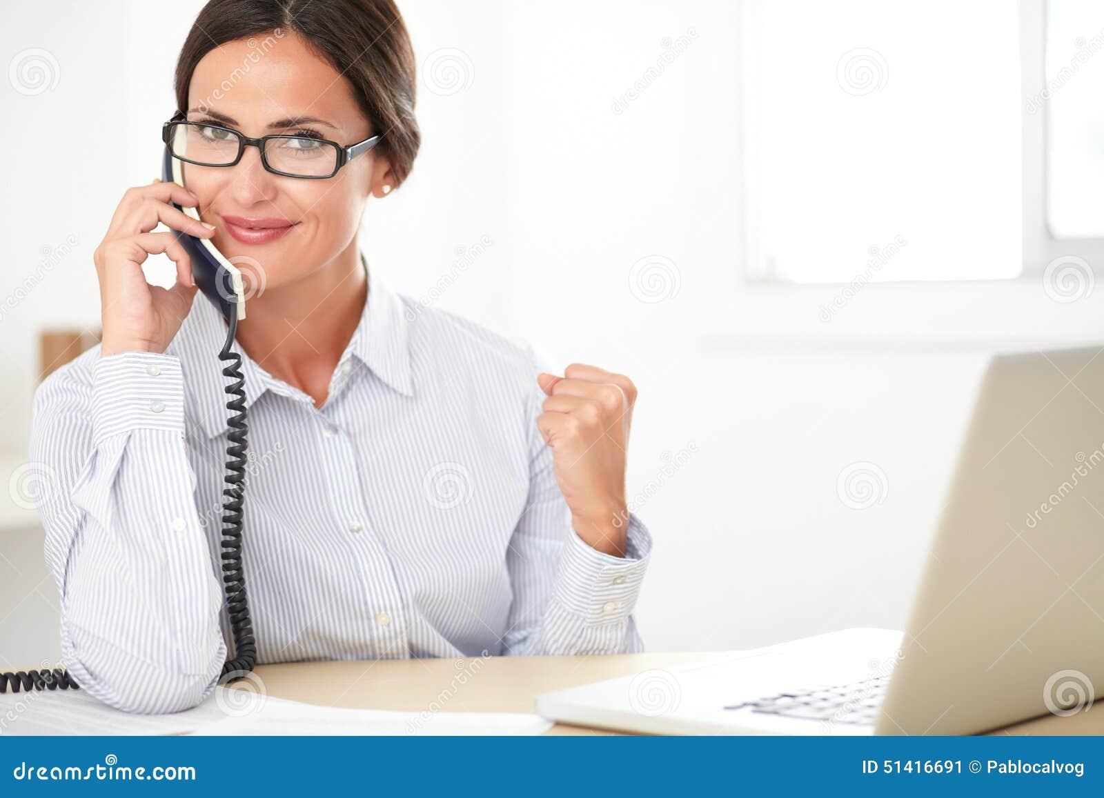 telefonos de chicas de compañia hembra