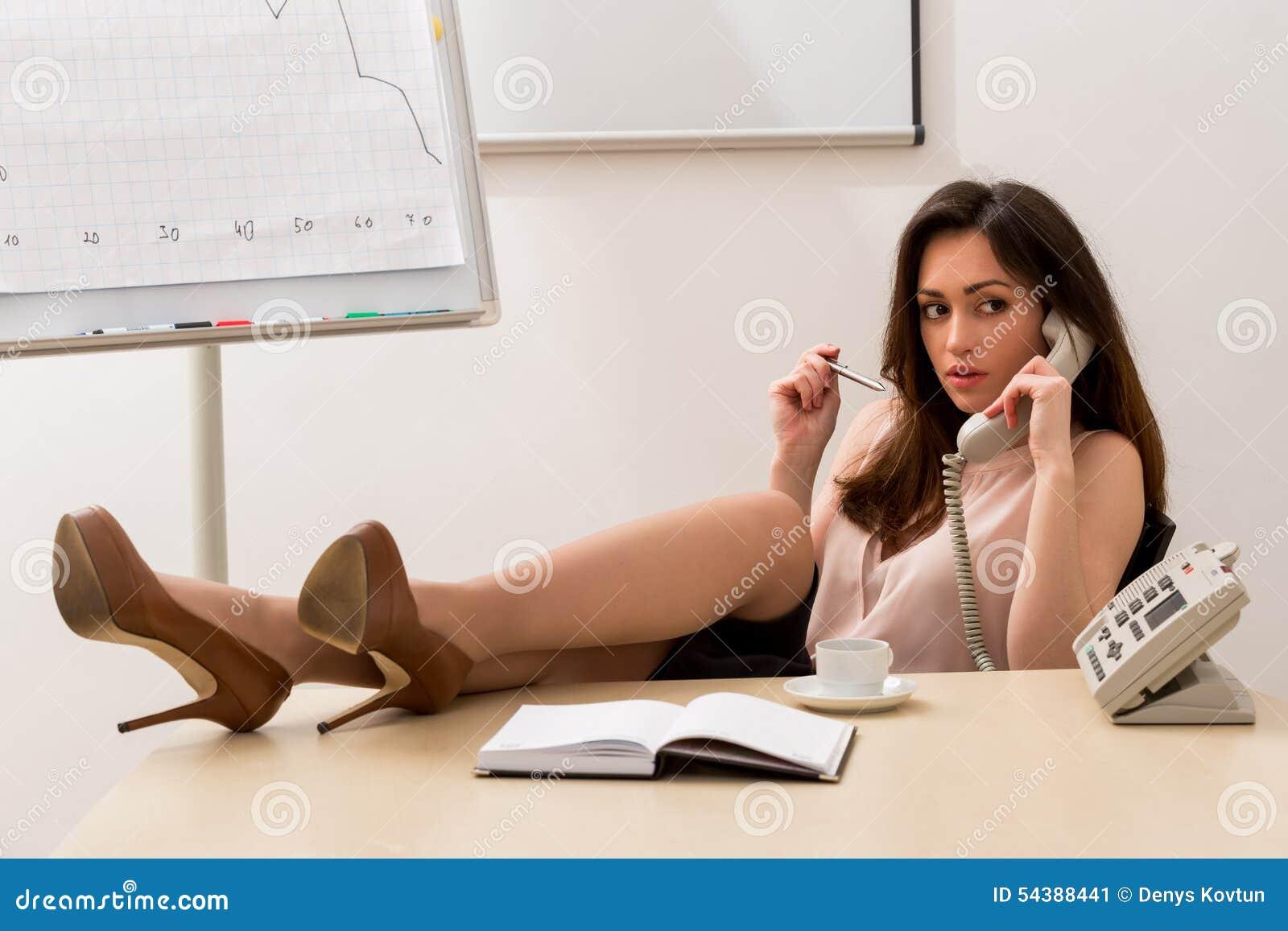 Sexe avec la secrétaire téléchargement vidéo
