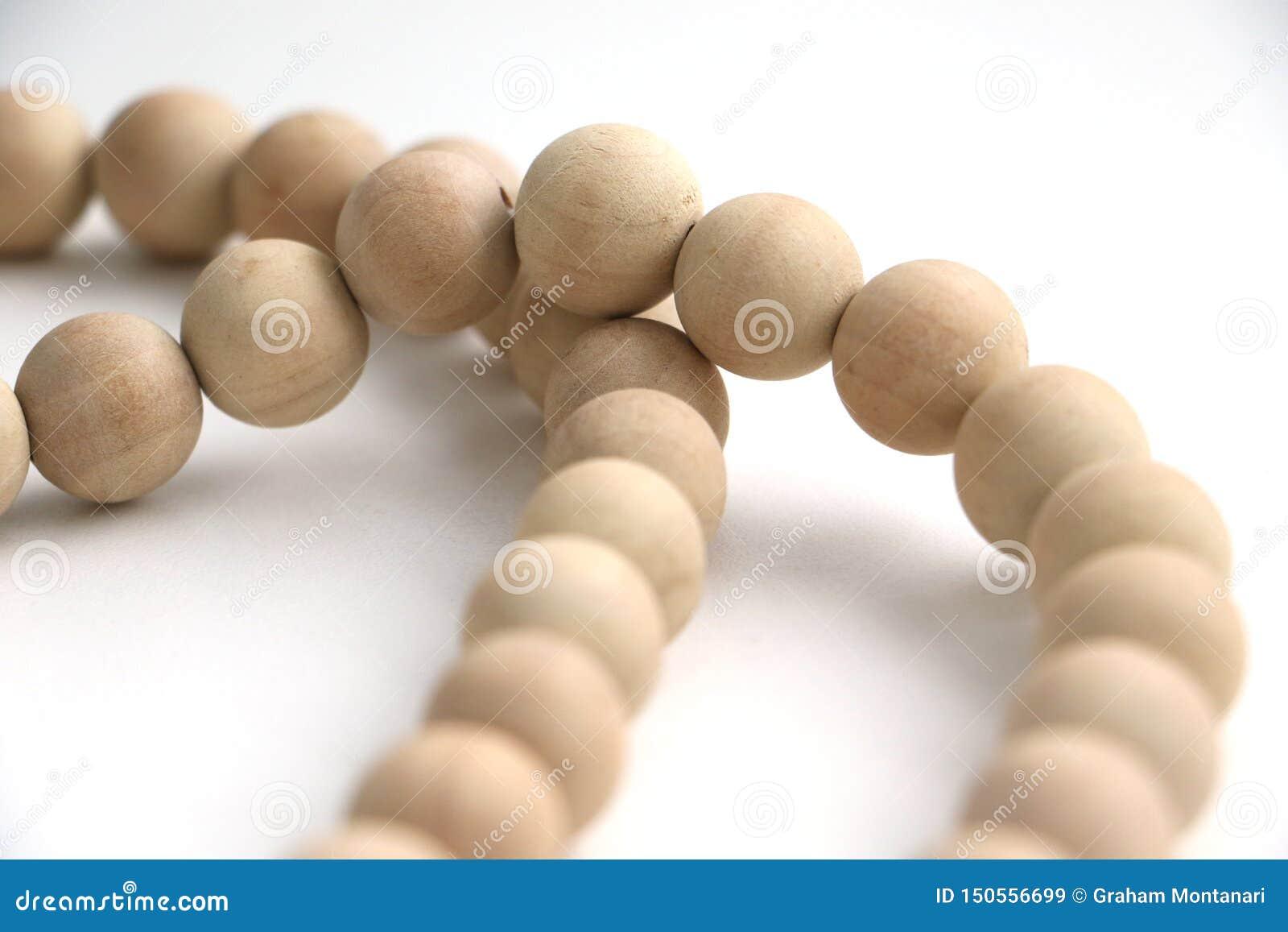 Secuencia del collar de madera de las gotas