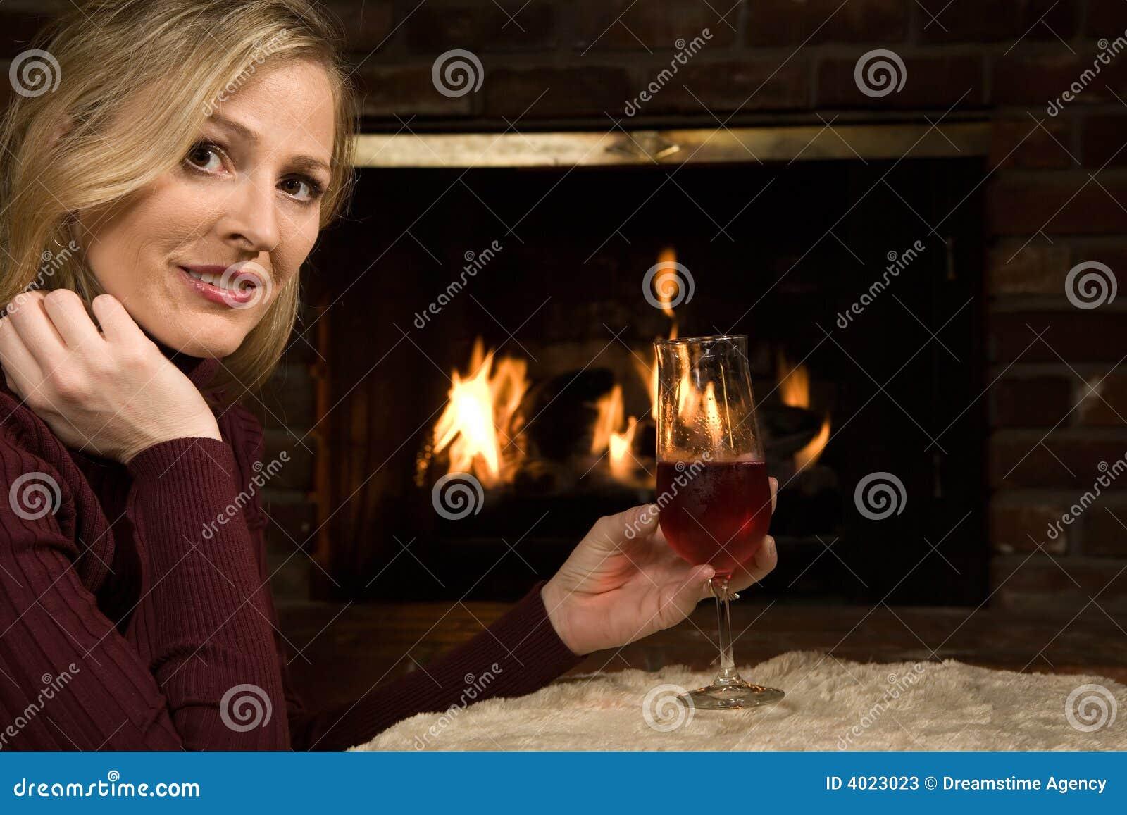 Sedendosi dal fuoco