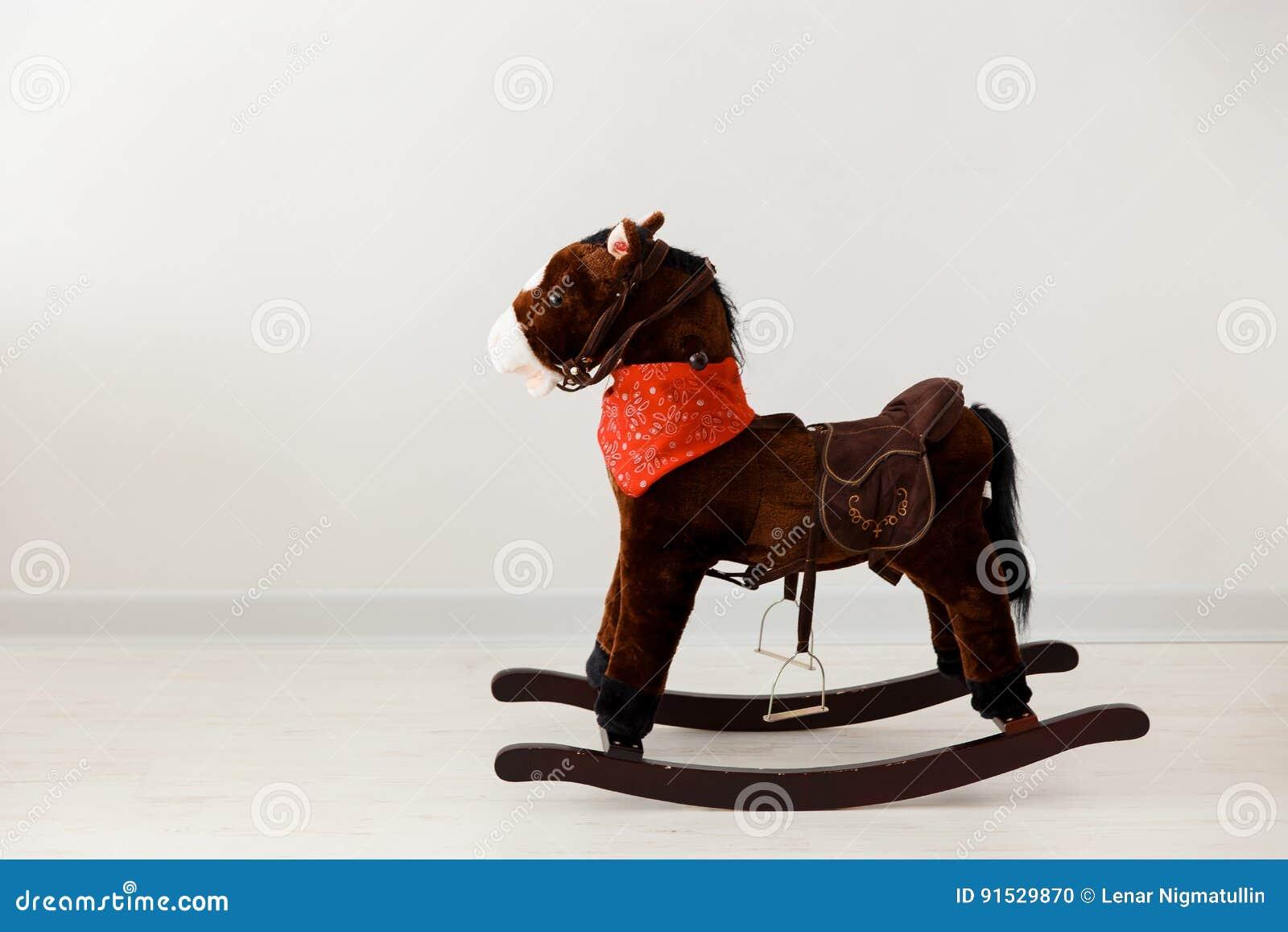Sedia A Dondolo Classica.Sedia Classica D Annata Sveglia Del Cavallo A Dondolo Fotografia