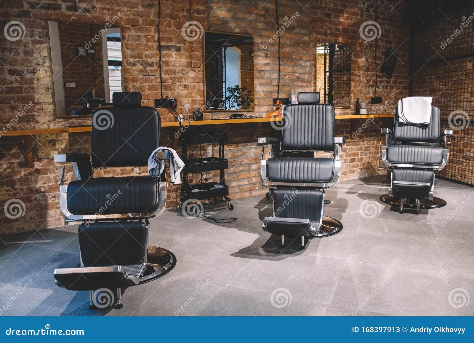 Sedia Da Barbiere, Barbiere Per Uomini Sedie Vuote Nel ...