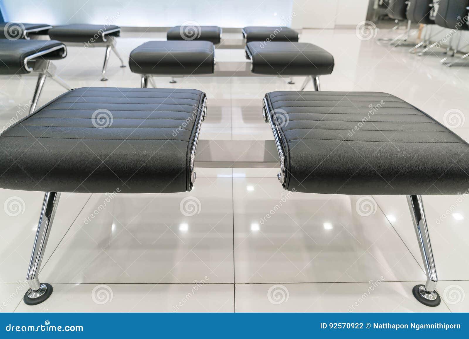 Sedia moderna vuota