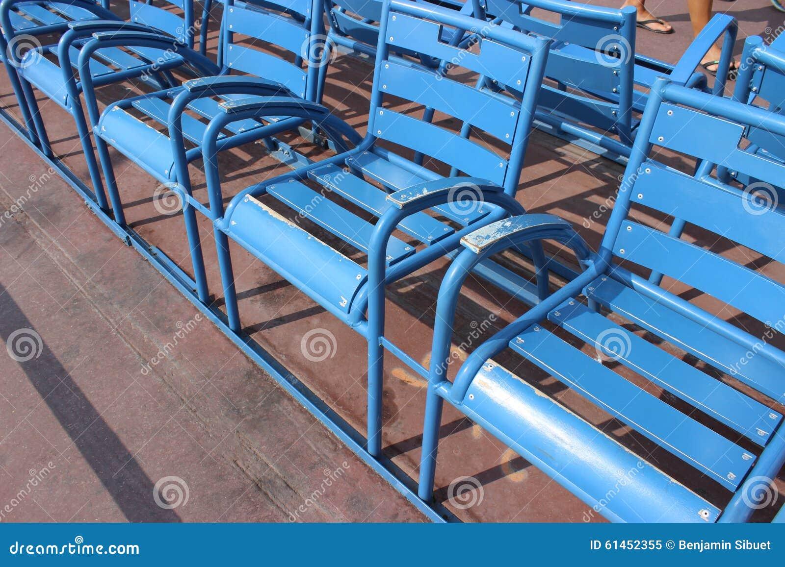 Sedie Blu Nizza : Sedie blu di nizza immagine stock immagine di francese