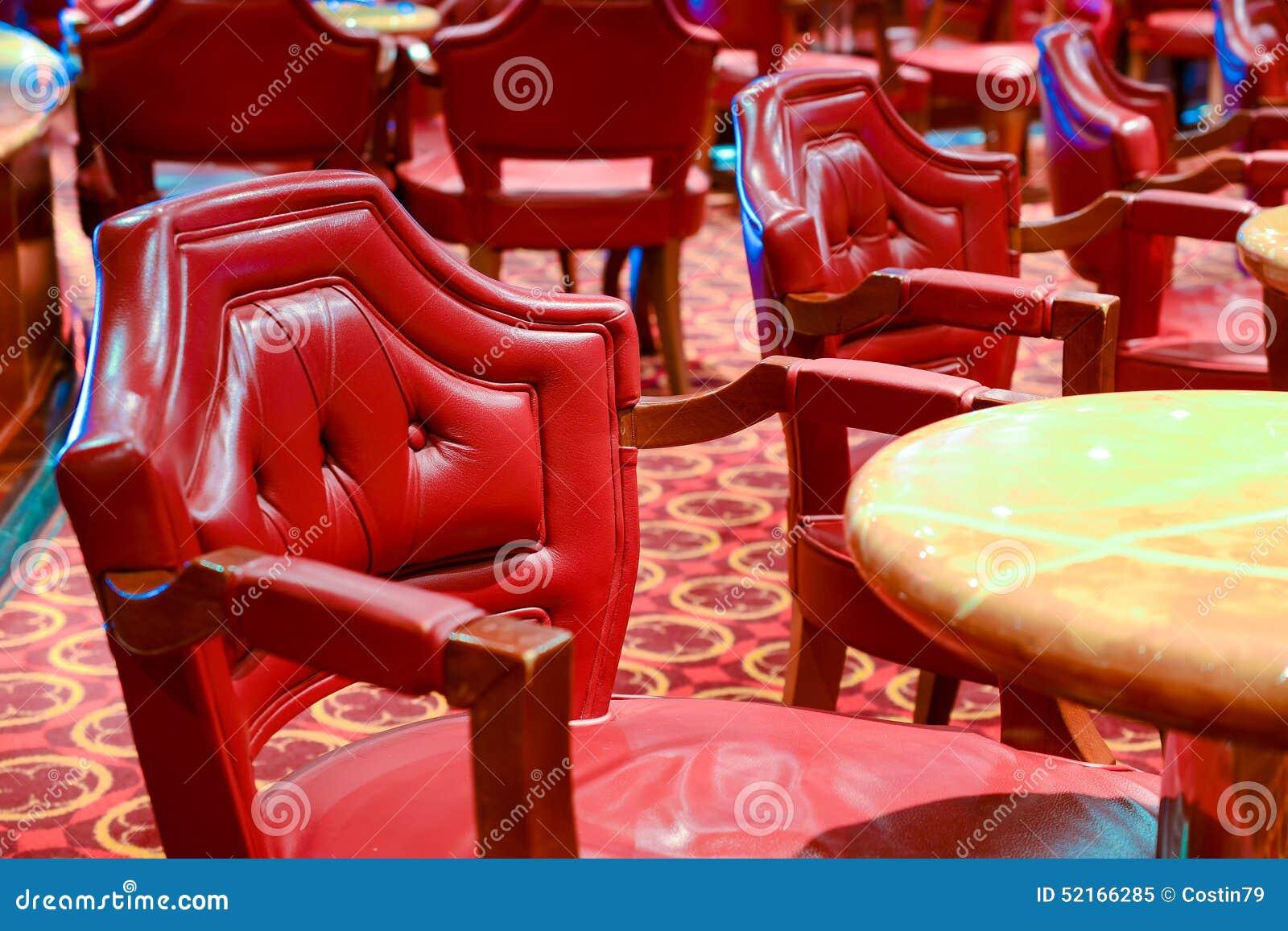 Sedie di cuoio rosse comode immagine stock immagine di caffè