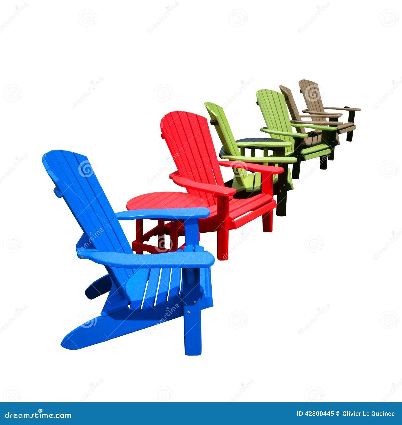 Sedie In Plastica Riciclata.Sedie Di Plastica Riciclate Di Adirondack Di Colore Nella Fila