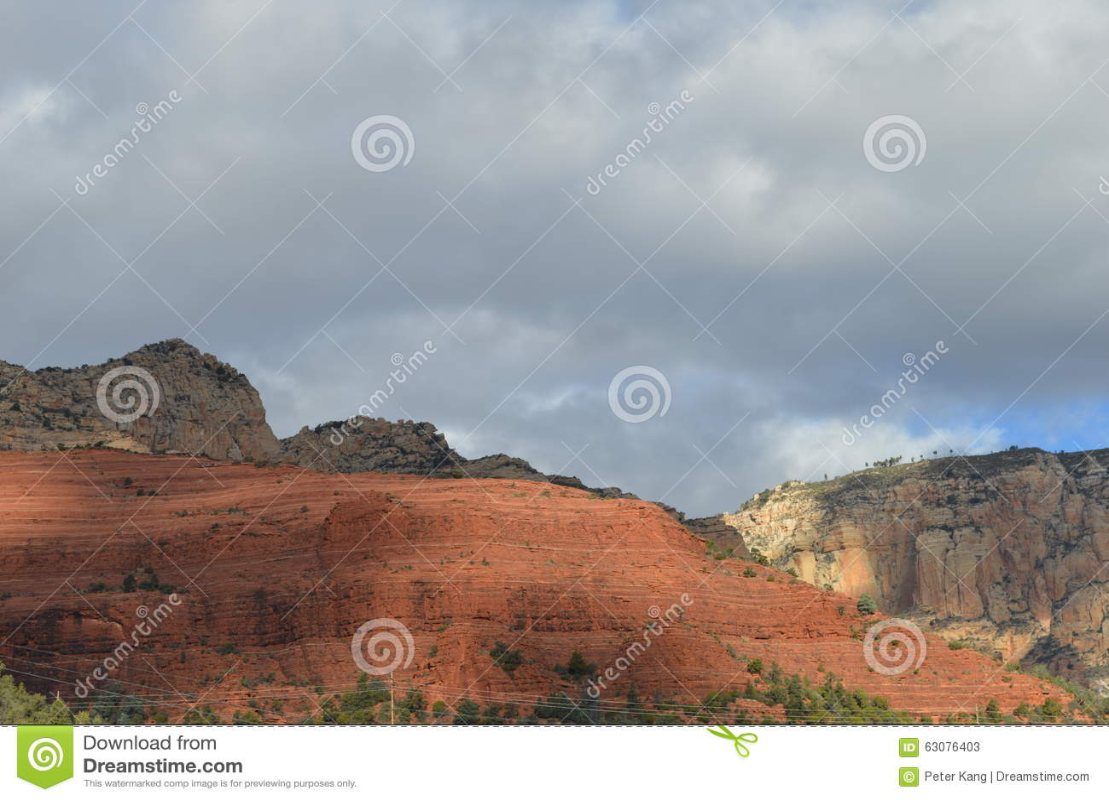 Download Sedona Moutains image stock. Image du gorge, scène, stratifié - 63076403
