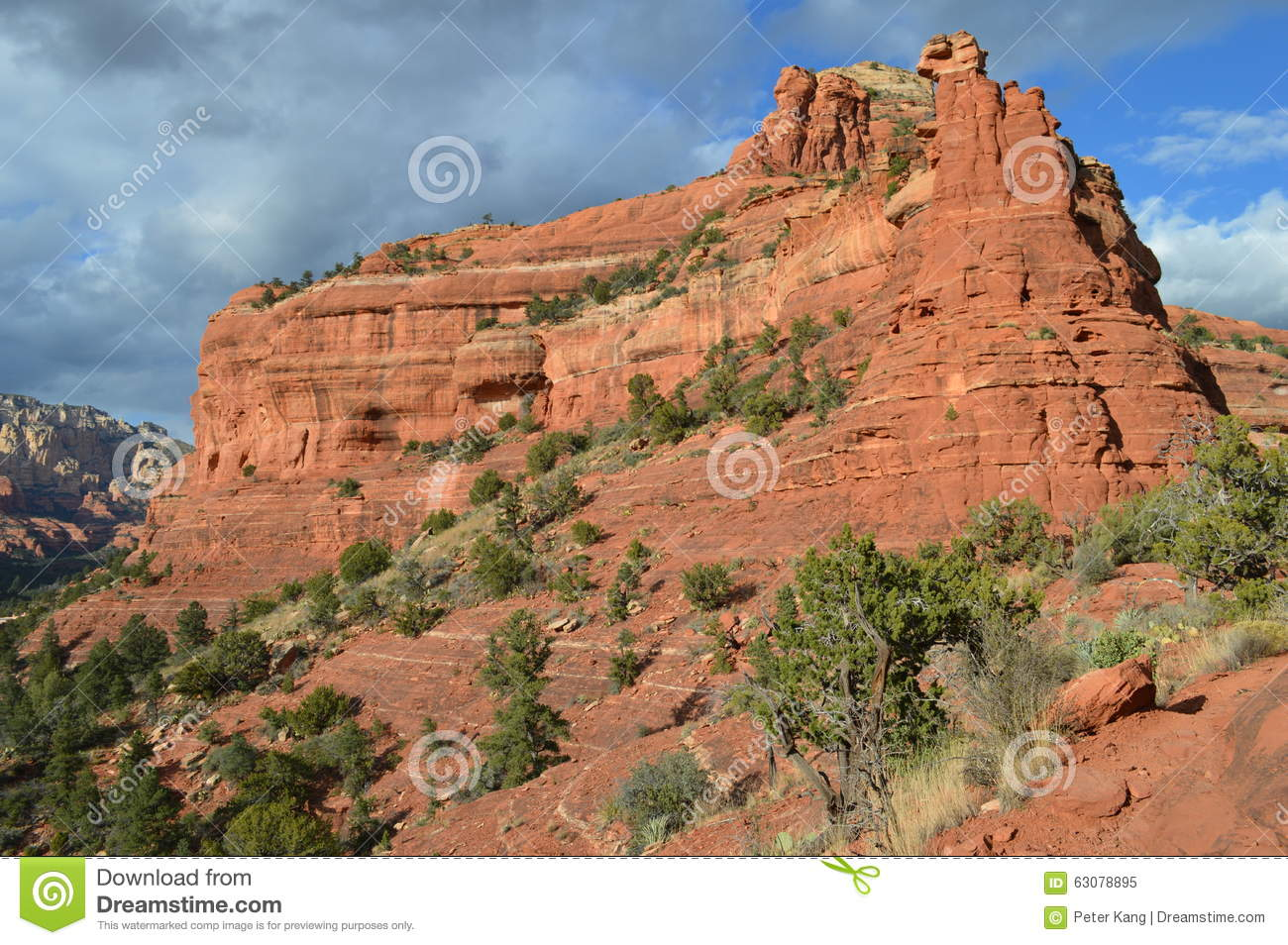 Download Sedona Spectaculaire Moutains Image stock - Image du spectaculaire, strates: 63078895
