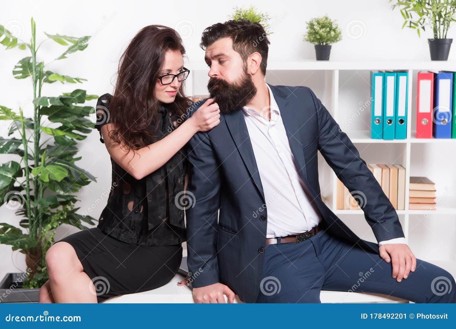 flirter collègue femme agée cherche homme de compagnie