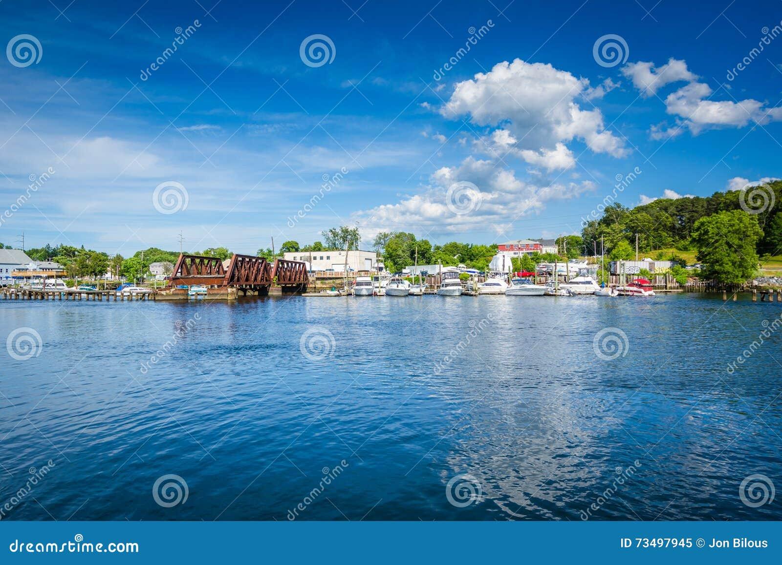 Seekonk河的看法,在上帝,罗德岛州