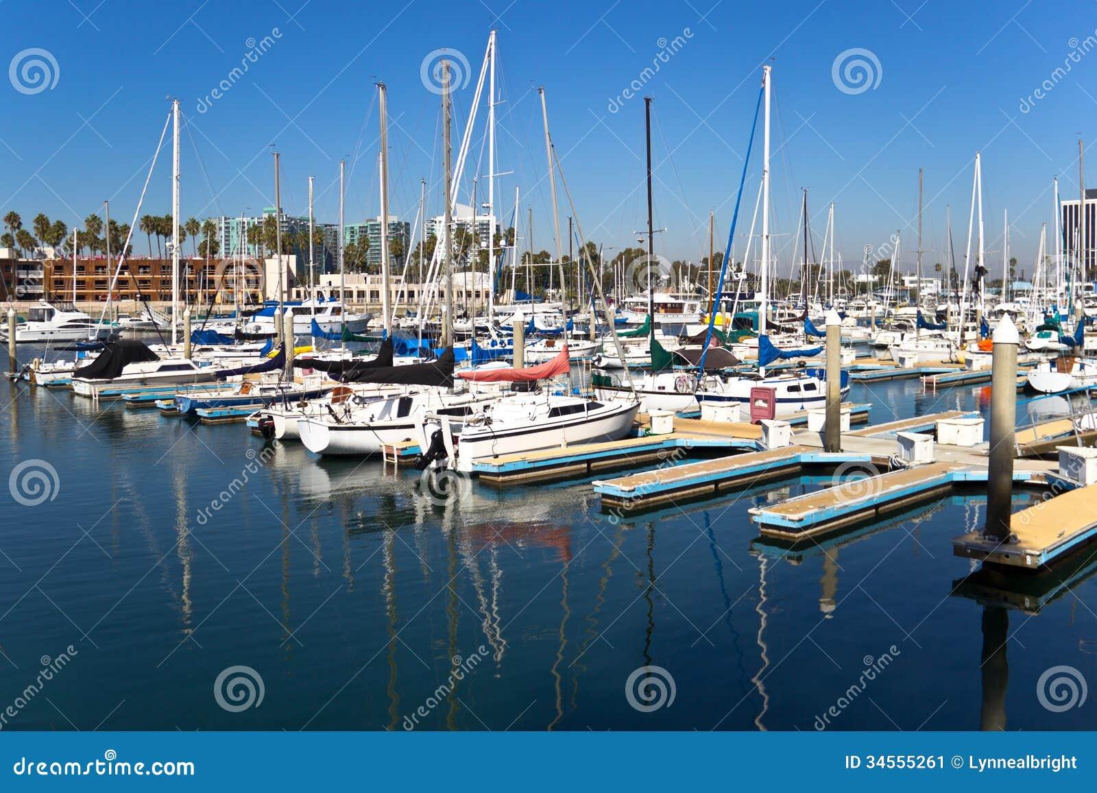 Segelboot-Reflexionen