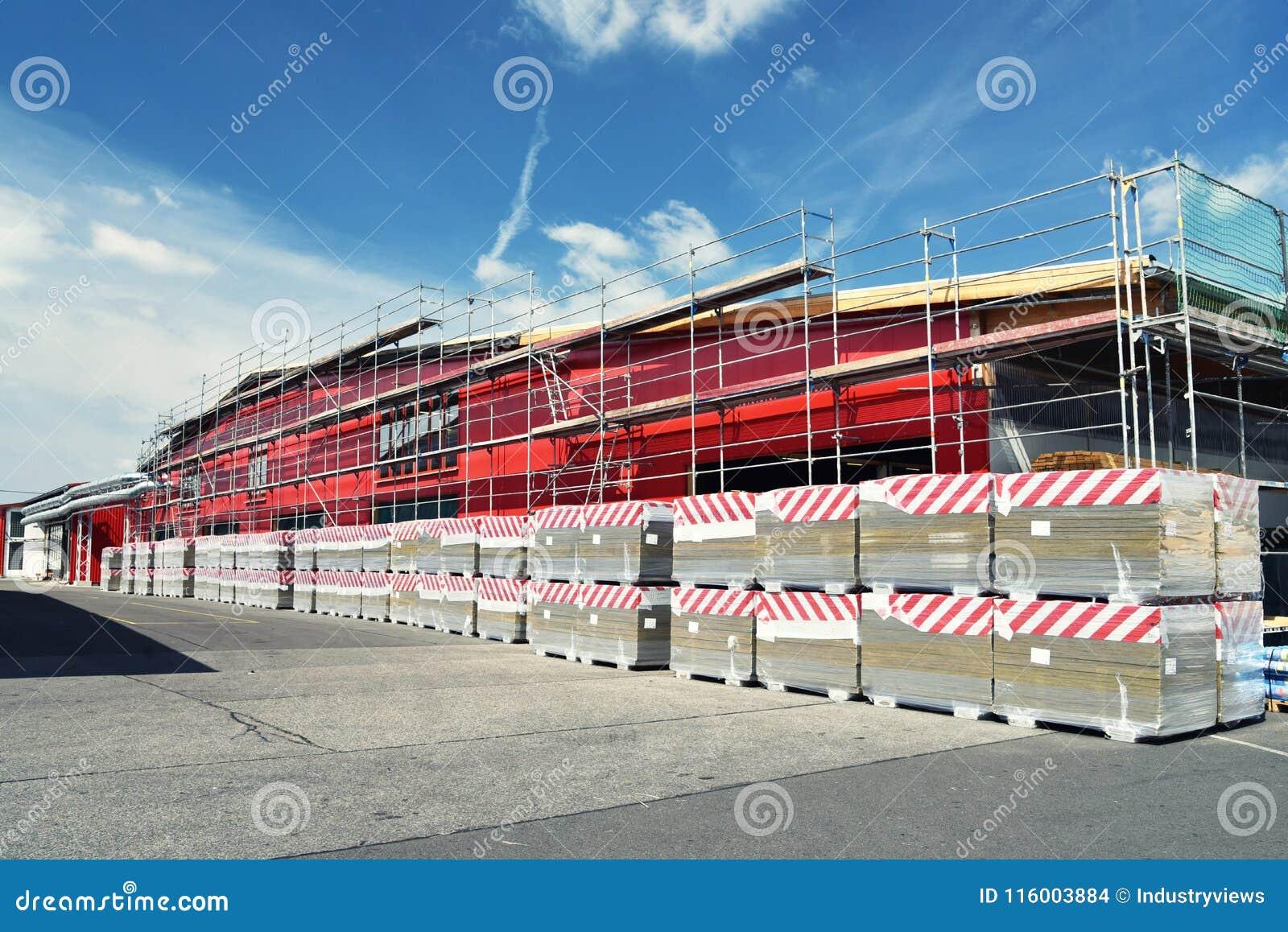 Segheria dell impianto industriale - costruzione del fabbricato industriale