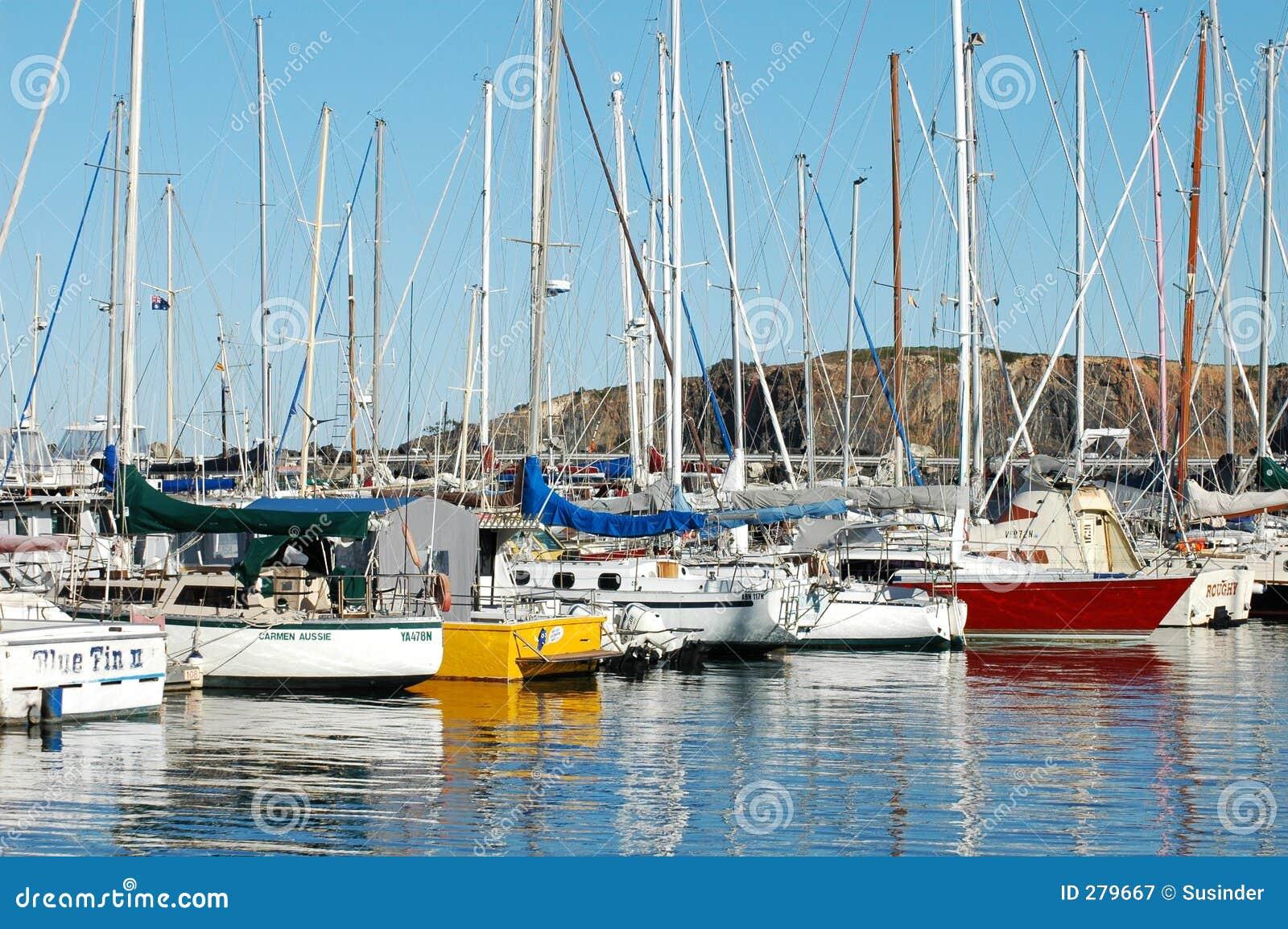 Segling för fartygCoffs Harbour brygga