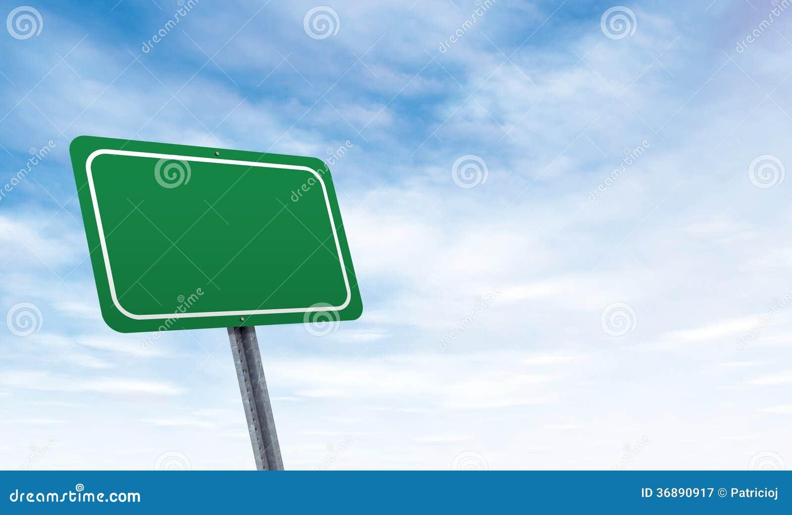 Download Segnale Stradale In Bianco Con Lo Spazio Della Copia Del Cielo Immagine Stock - Immagine di oggetto, creativo: 36890917