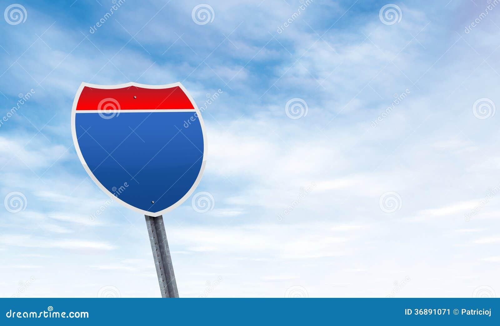 Download Segnale Stradale In Bianco Con Lo Spazio Della Copia Del Cielo Immagine Stock - Immagine di vuoto, blank: 36891071