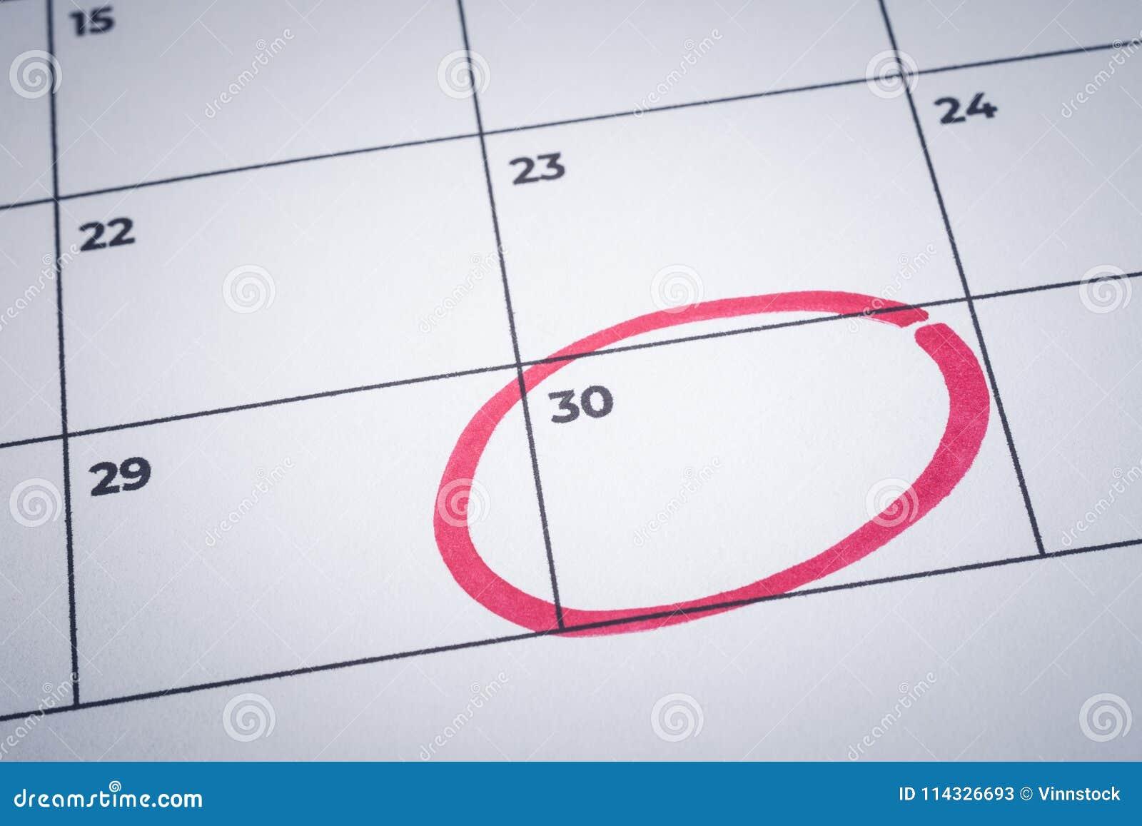 Calendario Segni.Segni La Conclusione Del Mese Ricordo Del Calendario Di