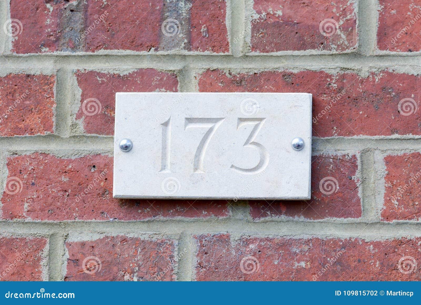 Segno del numero civico fotografia stock immagine di esterno