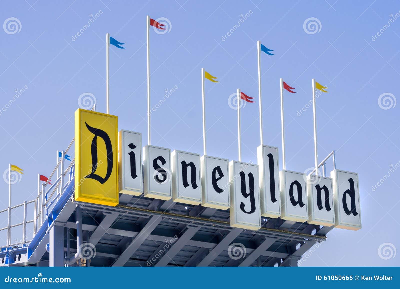 Segno dell entrata di Disneyland