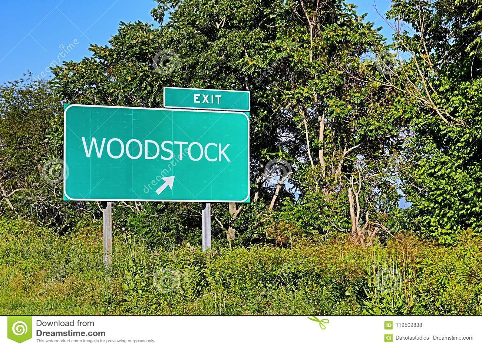 Segno dell uscita della strada principale degli Stati Uniti per Woodstock