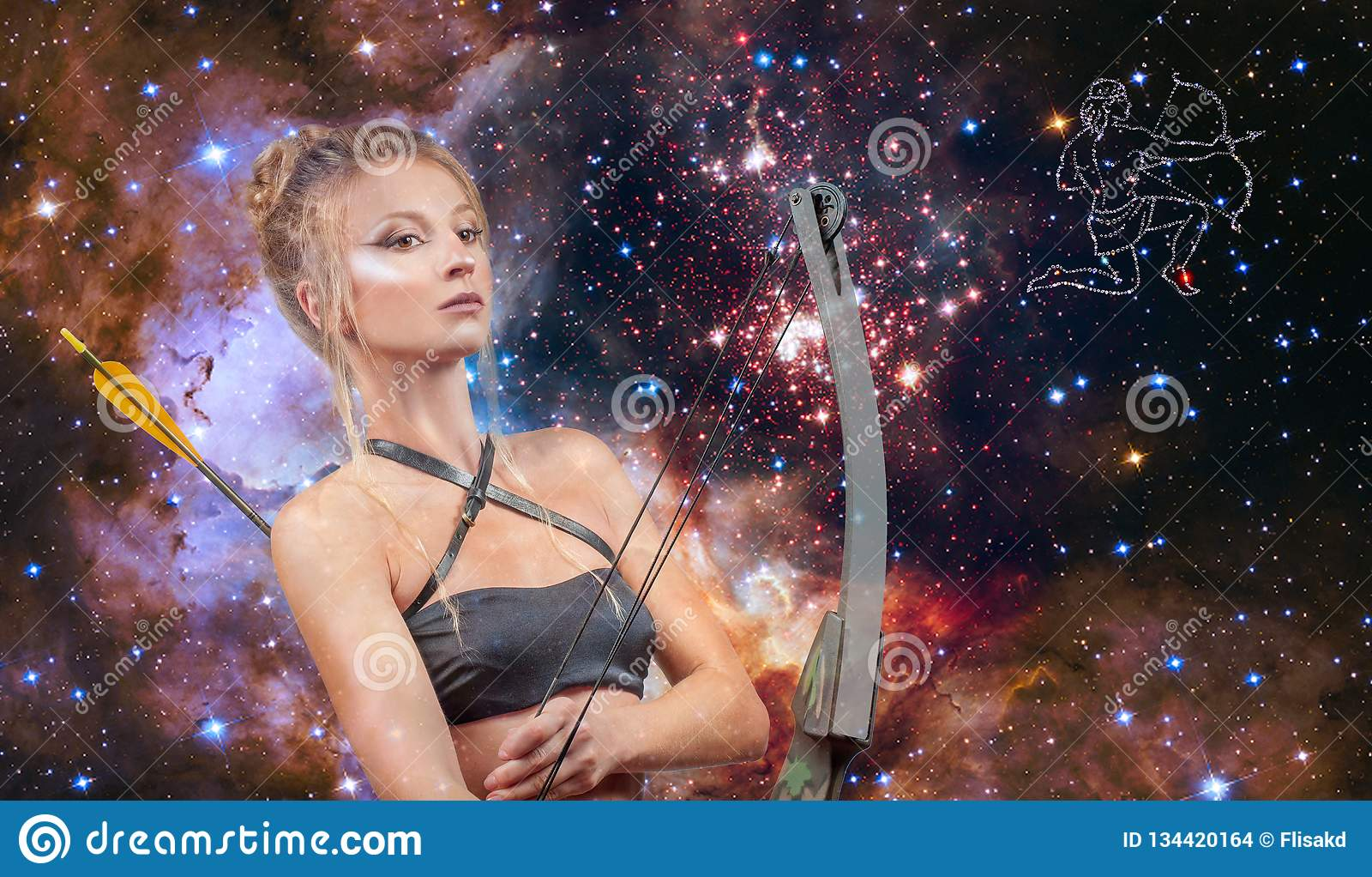 Segno dello zodiaco di Sagittario Astrologia e oroscopo, bello Sagittario della donna sui precedenti della galassia