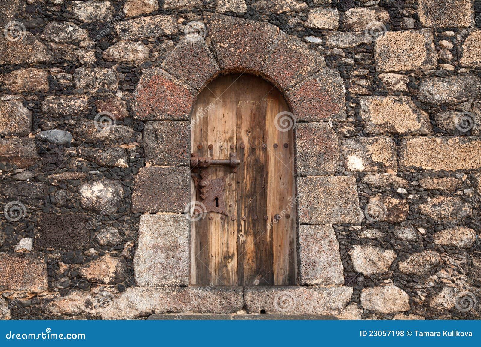 Geschlossene tür zeichnung  Sehr Geschlossene Tür Lizenzfreie Stockfotos - Bild: 23057198
