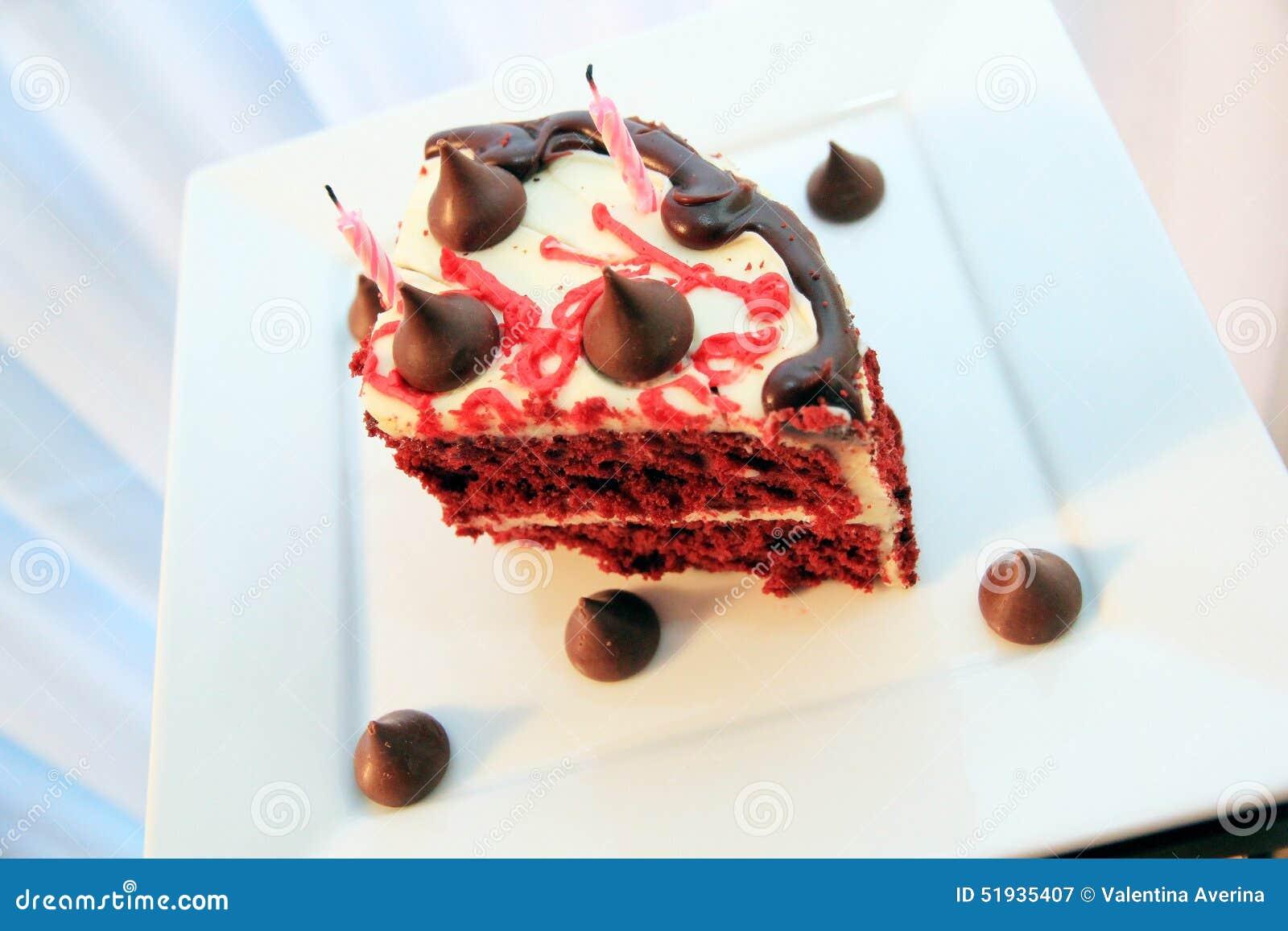 Sehr Geschmackvoller Und Schoner Kuchen Mit Kerzen Geburtstag