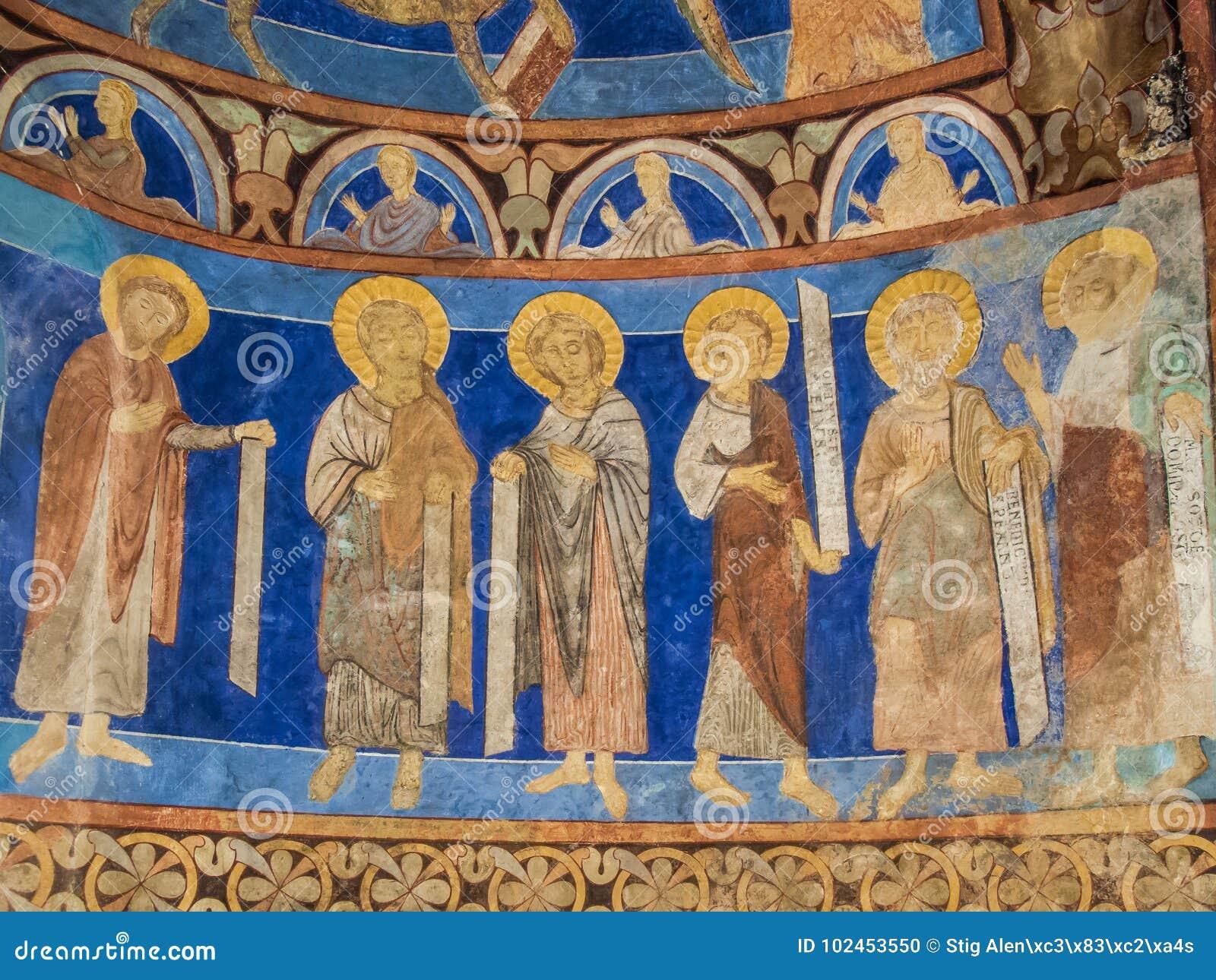 Sei Discepoli Con I Testi In Una Parete Pittura Medievale Fotografia Stock Immagine Di Monumento Apostoli 102453550