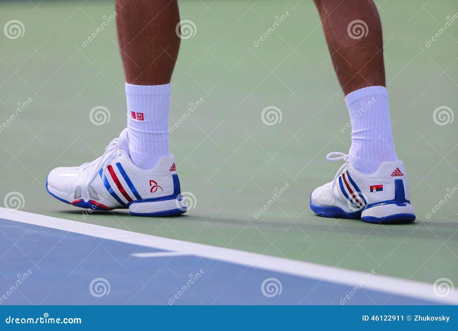 Seis Campeones Novak Djokovic Del Grand Slam De Las Epocas Llevan Las Zapatos Tenis De Encargo De Adidas Durante Partido En El Us Foto Editorial Imagen De Durante Grand 46122911