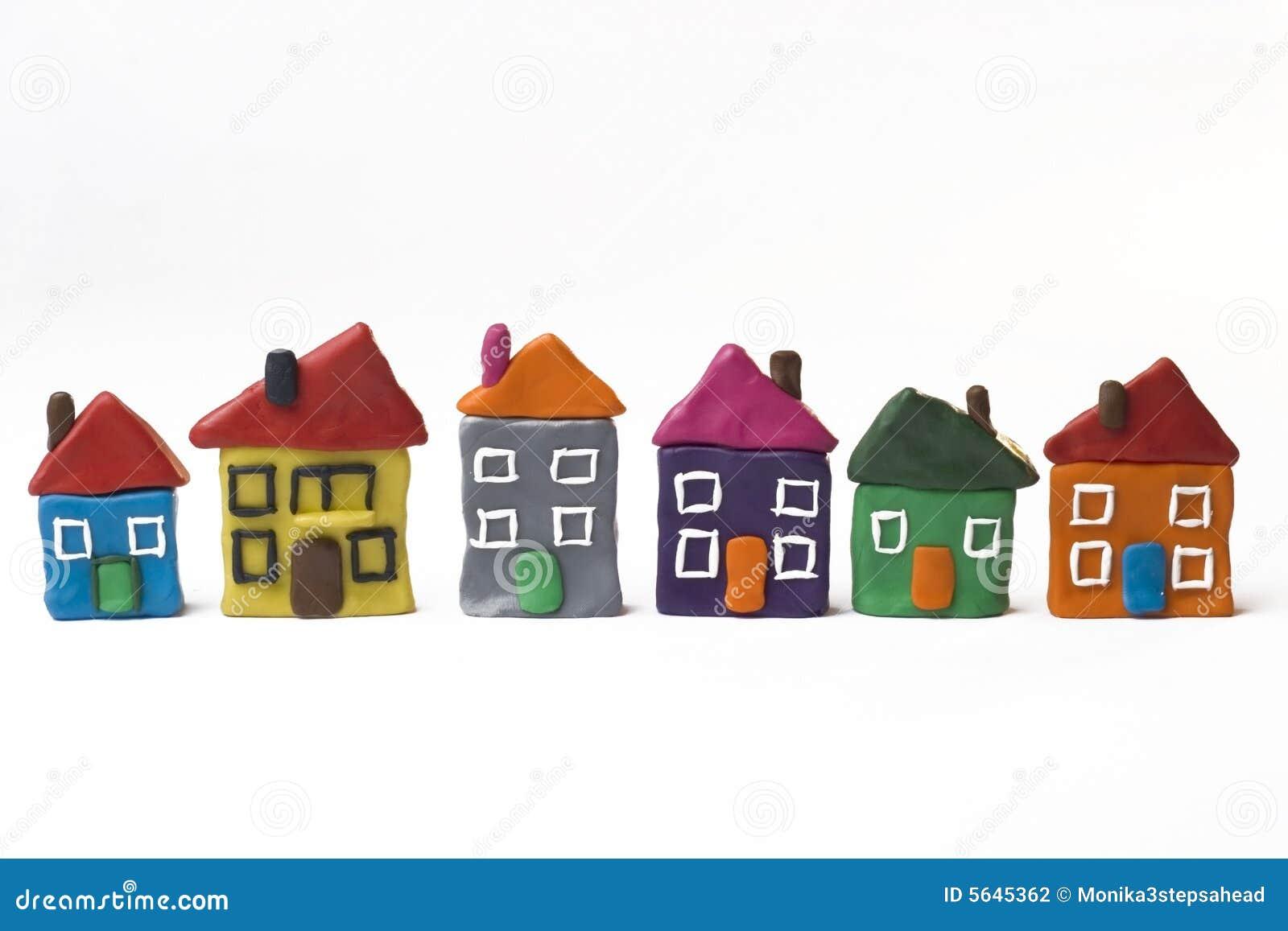 Seis casas pequenas