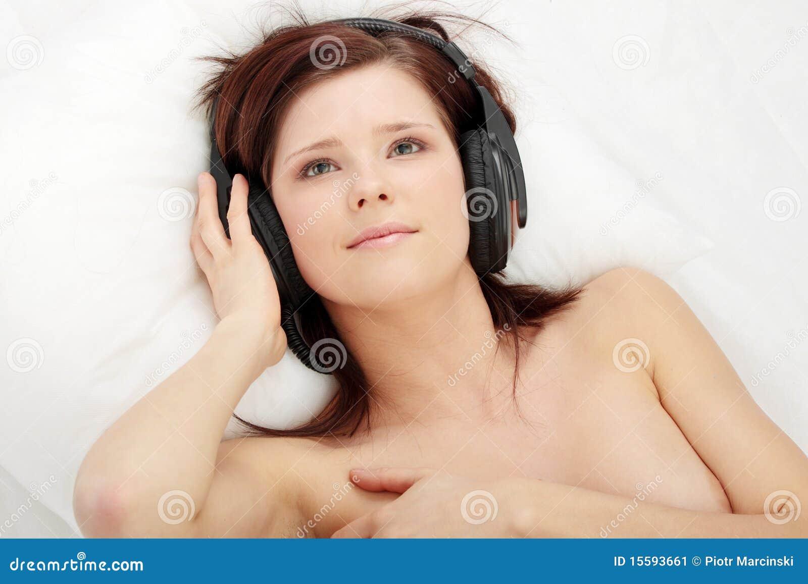 Seksowna łóżkowa dziewczyna